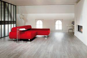 фото ламинат с красным диваном для каталога