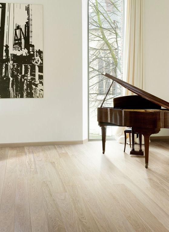 фото паркетной доски Par-ky с роялем для статьи