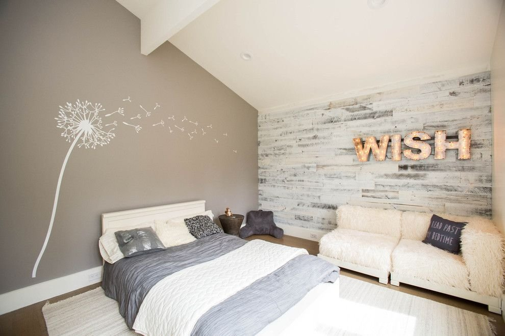 фото ламинат на стене в спальне
