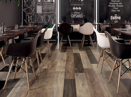 фото SPC-ламинат в кафе